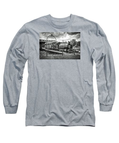 Savannah Central Steam Engine On Turn Table Long Sleeve T-Shirt