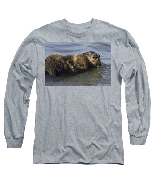 Sea Otter Mother With Pup Monterey Bay Long Sleeve T-Shirt by Suzi Eszterhas