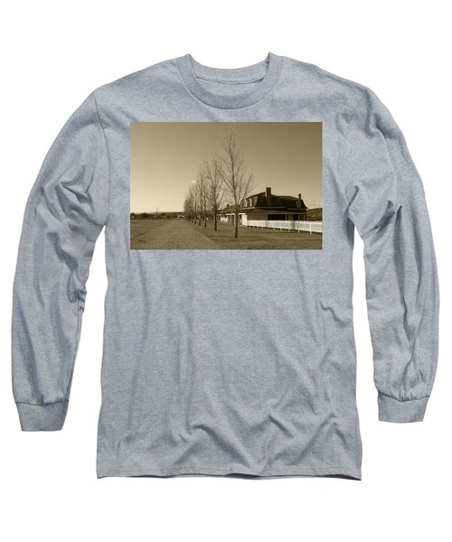 Long Sleeve T-Shirt featuring the photograph Sedona Series - Alley by Ben and Raisa Gertsberg