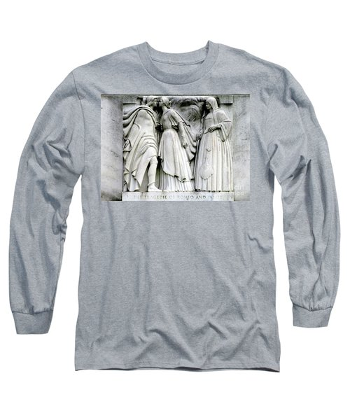 Shakespeares Romeo And Juliet Long Sleeve T-Shirt