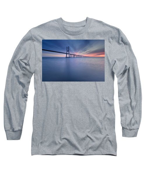 Simple Long Bridge Long Sleeve T-Shirt