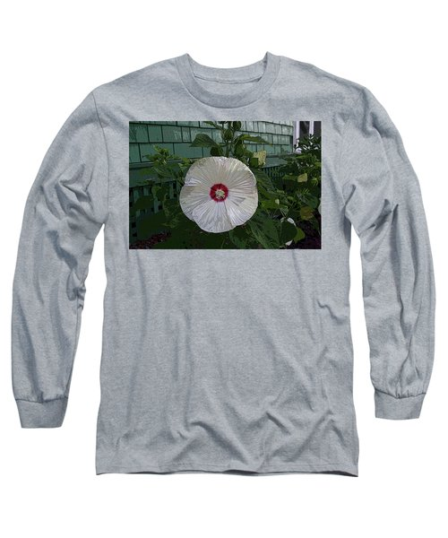 Single Bloom Long Sleeve T-Shirt