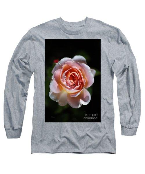 Single Romantic Rose  Long Sleeve T-Shirt