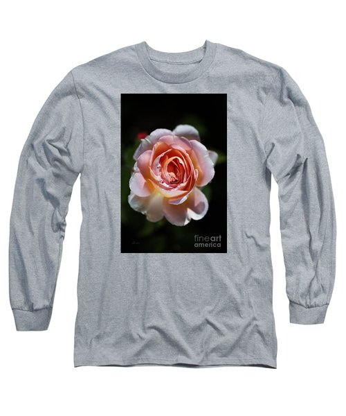 Single Romantic Rose  Long Sleeve T-Shirt