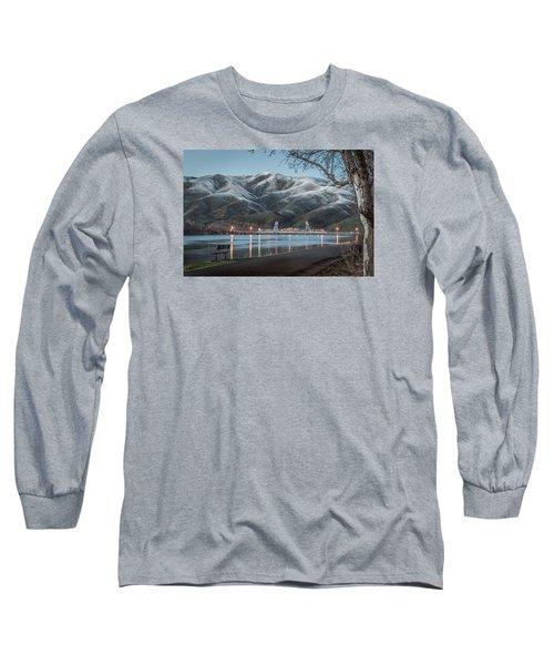 Snowy Star Long Sleeve T-Shirt