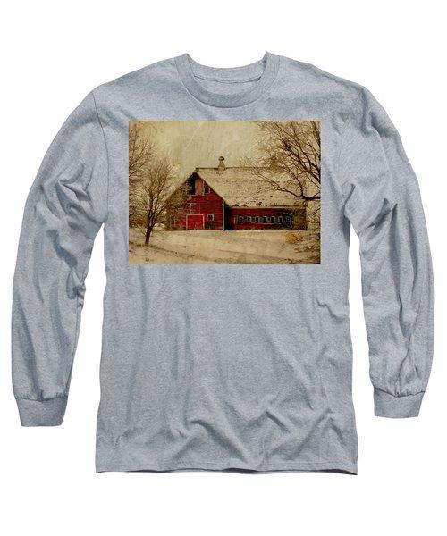 South Dakota Barn Long Sleeve T-Shirt