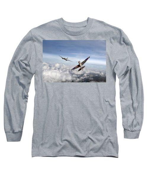 Spitfire Attacking Heinkel Bomber Long Sleeve T-Shirt