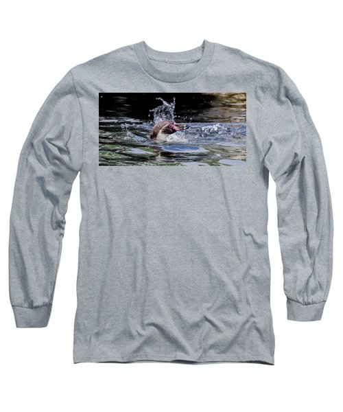 Long Sleeve T-Shirt featuring the photograph Splashing Humboldt Penguin by Scott Lyons