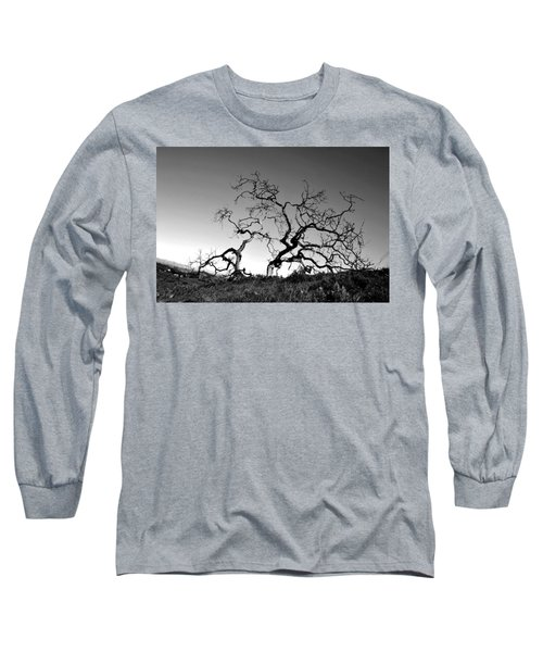 Split Single Tree On Hillside - Black And White Long Sleeve T-Shirt