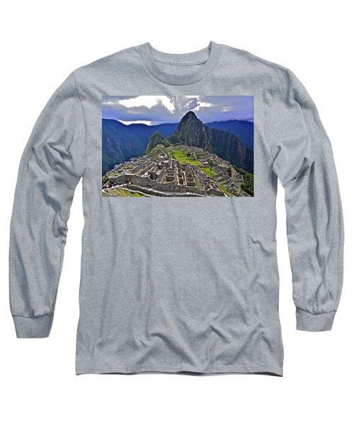 Storm Inbound To Machu Picchu Long Sleeve T-Shirt