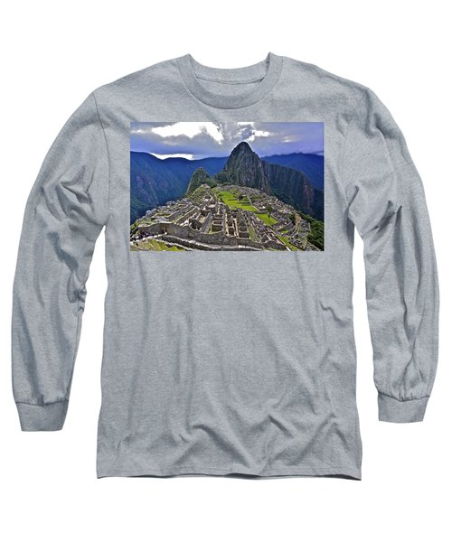 Storm Inbound To Machu Picchu Long Sleeve T-Shirt