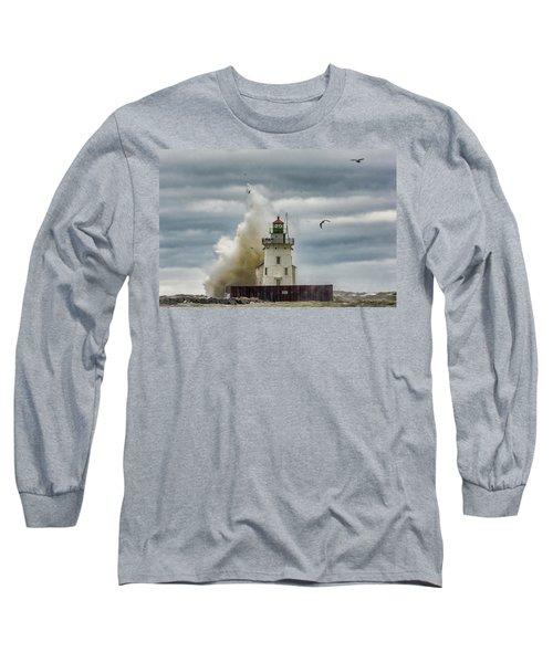 Storm On Lake Erie Long Sleeve T-Shirt