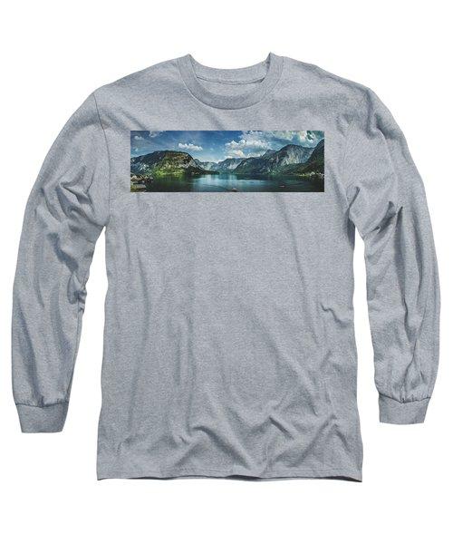Stunning Lake Hallstatt Panorama Long Sleeve T-Shirt