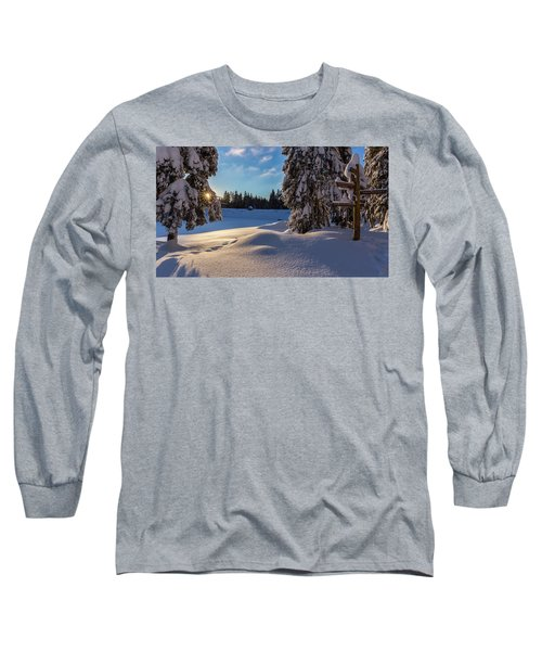 sunrise at the Oderteich, Harz Long Sleeve T-Shirt