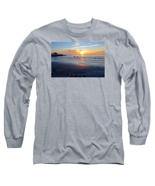 Sunrise Over Red Rock Park Lynn Shore Drive Long Sleeve T-Shirt