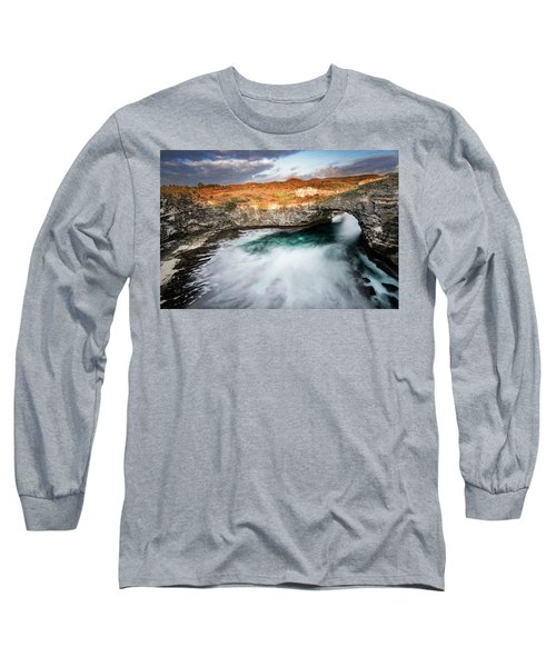 Sunset Point In Broken Beach Long Sleeve T-Shirt