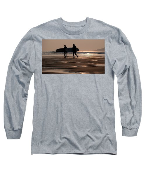 Surfers At Sunset Long Sleeve T-Shirt