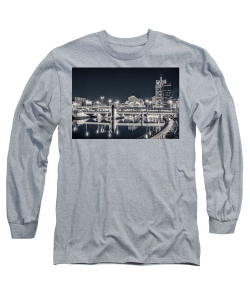 Long Sleeve T-Shirt featuring the photograph The Bright Dark Of Night by Bill Pevlor