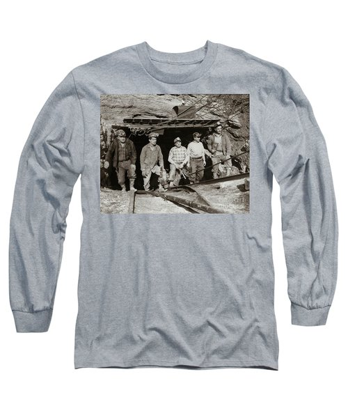 The Search And Retrieval Team After The Knox Mine Disaster Port Griffith Pa 1959 At Mine Entrance Long Sleeve T-Shirt