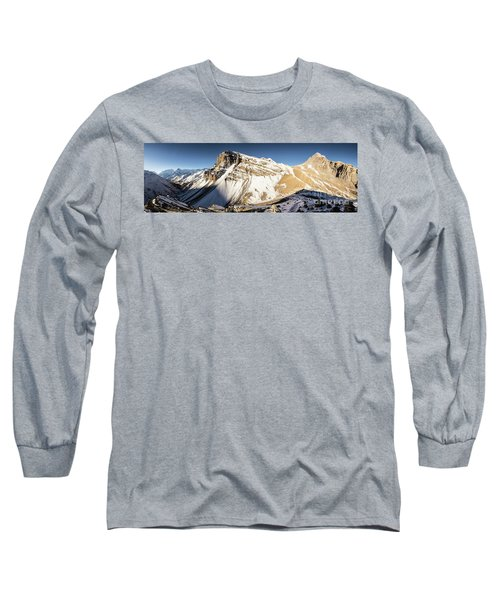 Thorung La Pass In The Annapurna Range In The Himalayas In Nepal Long Sleeve T-Shirt