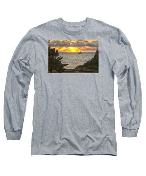Long Sleeve T-Shirt featuring the photograph Tillamook Rock Lighthouse 0402 by Tom Kelly