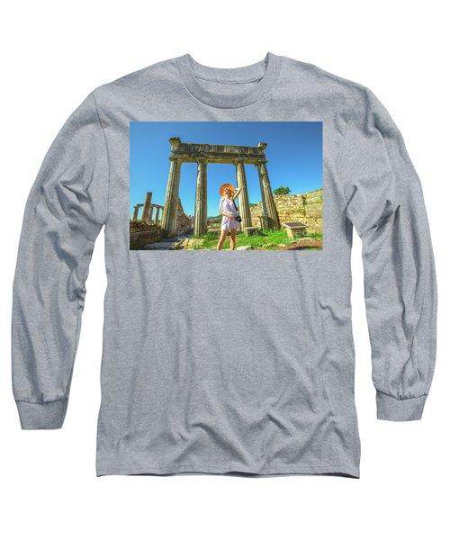 Tourist Traveler Photographer Long Sleeve T-Shirt