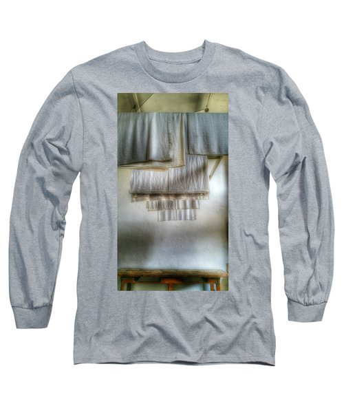 Towels And Sheets Long Sleeve T-Shirt
