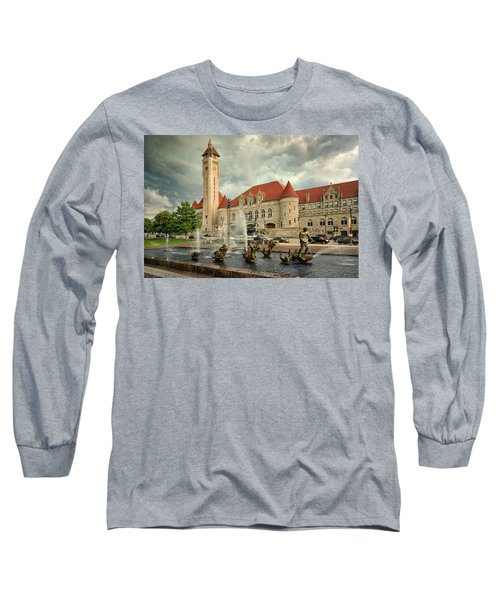 Union Station St Louis Color Dsc00422 Long Sleeve T-Shirt by Greg Kluempers