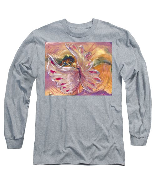 Universal Cacoon Long Sleeve T-Shirt