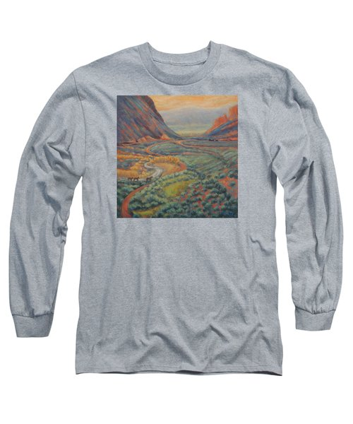 Valley Passage Long Sleeve T-Shirt