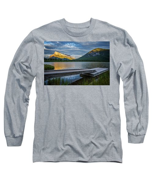 Vermillion Lakes And Mt Rundle Sunset Long Sleeve T-Shirt