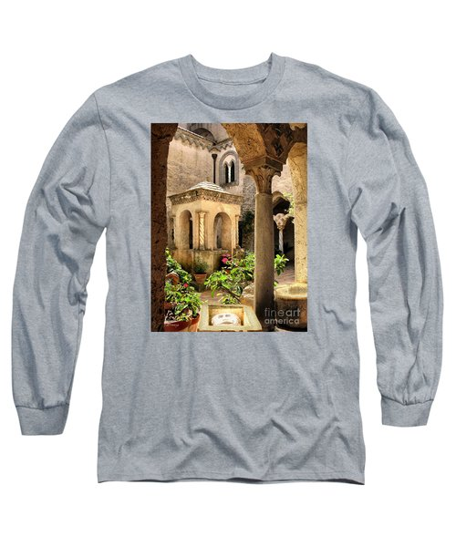 Villa Cimbrone. Ravello Long Sleeve T-Shirt