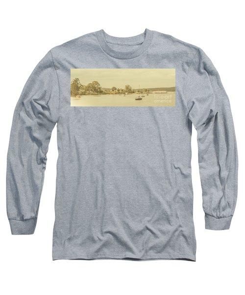 Vintage Dover Harbour Tasmania Long Sleeve T-Shirt