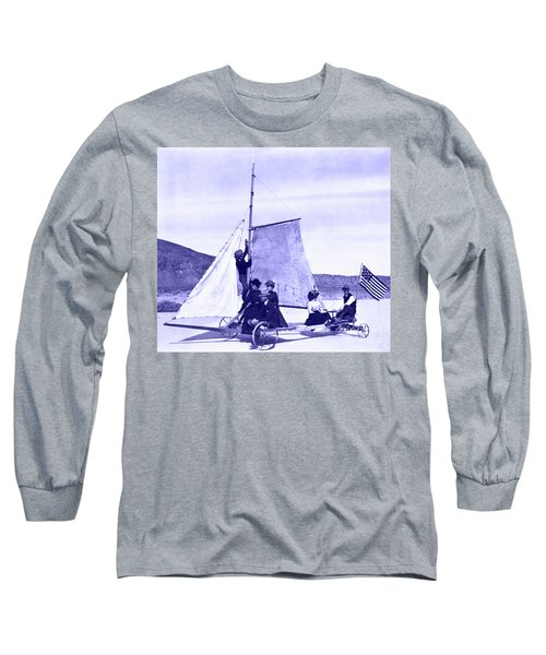 Vintage Ladies And Gentlemen Sail On The Desert Queen Long Sleeve T-Shirt