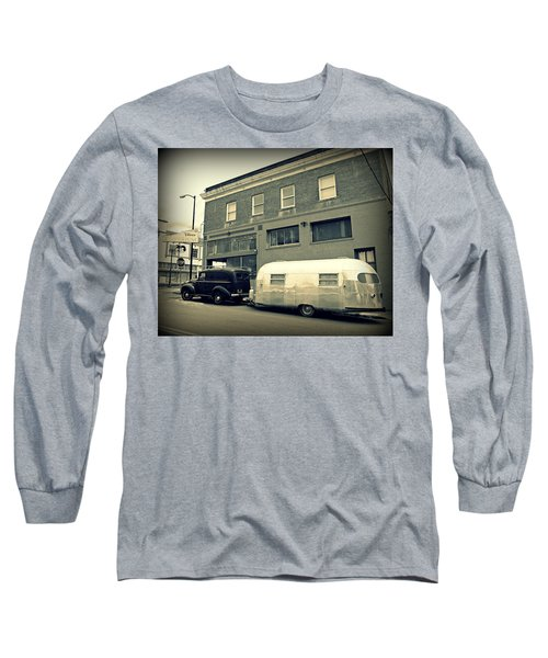 Vintage Trailer In Crockett Long Sleeve T-Shirt