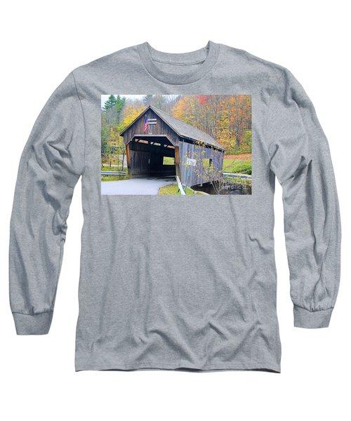Warren Covered Bridge In Vermont Long Sleeve T-Shirt