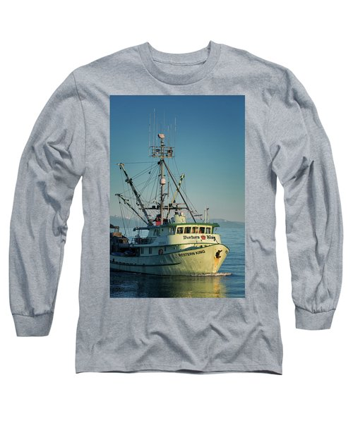 Long Sleeve T-Shirt featuring the photograph Western King At Breakwater by Randy Hall
