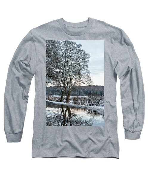 Winter In England, Uk Long Sleeve T-Shirt