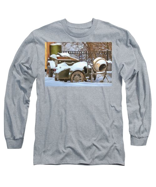 winter in the village Russian Long Sleeve T-Shirt