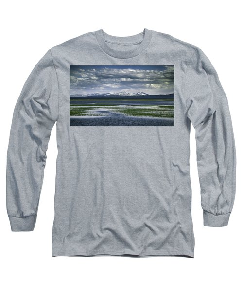 Yellowstone Mountain Scape Long Sleeve T-Shirt