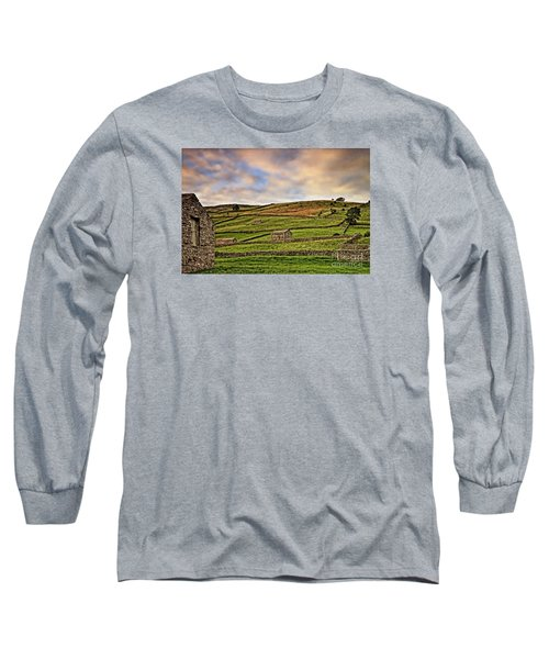 Yorkshire Dales Stone Barns And Walls Long Sleeve T-Shirt