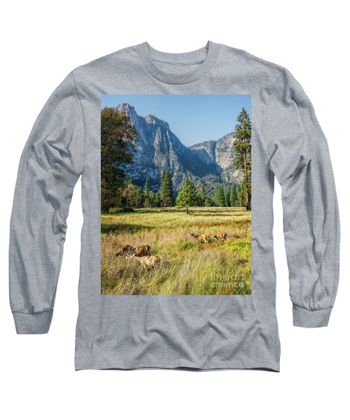 Yosemite Valley At Yosemite National Park Long Sleeve T-Shirt