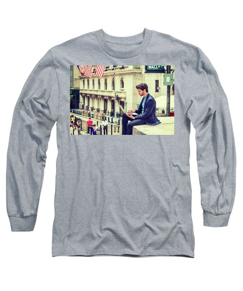 Young Businessman Working On Wall Street In New York Long Sleeve T-Shirt