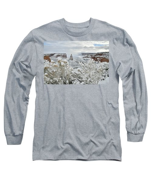 Beautiful Snow Morning Along Rim Rock Drive Long Sleeve T-Shirt