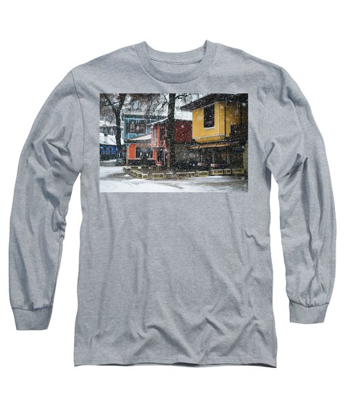 Colorful Koprivshtica Houses In Winter Long Sleeve T-Shirt