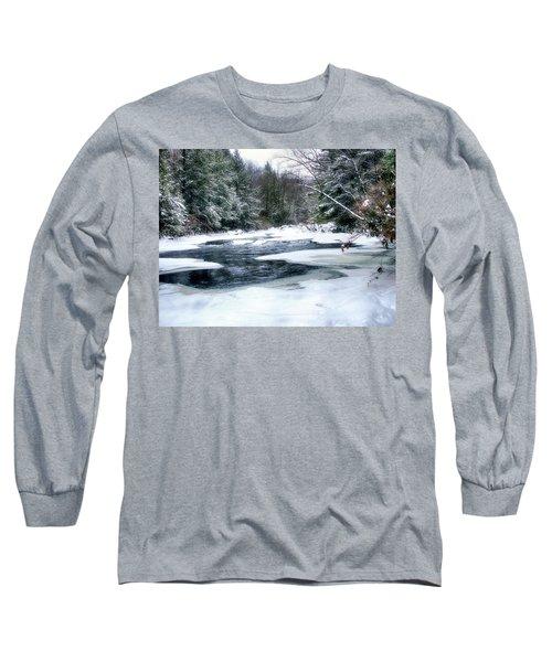 Cucumber Run In Winter Long Sleeve T-Shirt
