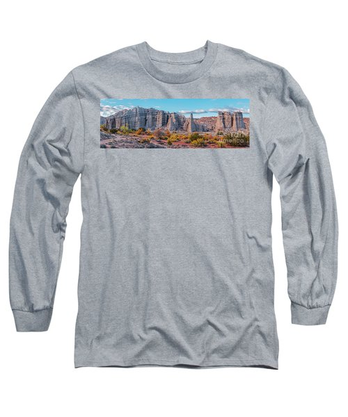 Golden Hour Fall Panorama Of Plaza Blanca - Abiquiu Rio Arriba County New Mexico Long Sleeve T-Shirt