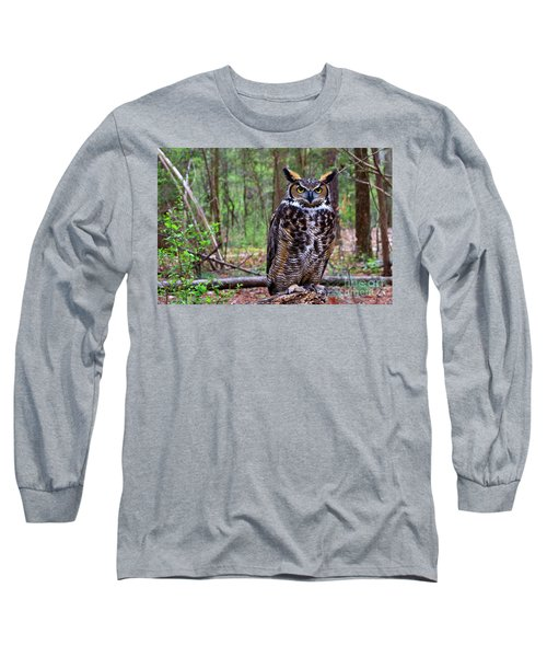 Great Horned Owl Standing On A Tree Log Long Sleeve T-Shirt