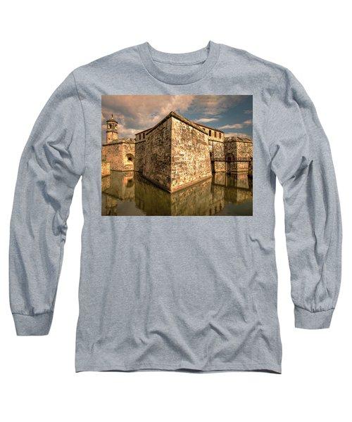 Havana Fortress Long Sleeve T-Shirt
