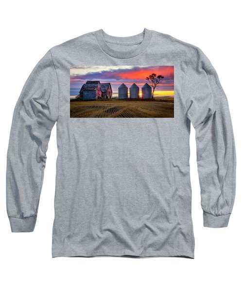 Manitoba Rural Scene Long Sleeve T-Shirt